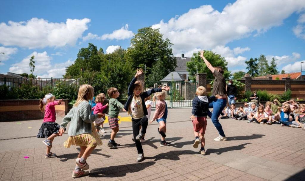 zomerkamp dans buiten elise
